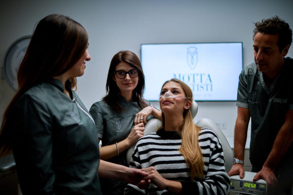 Fotografo corporate azienda dentista studio Motta eccellenza biella biellese Zin