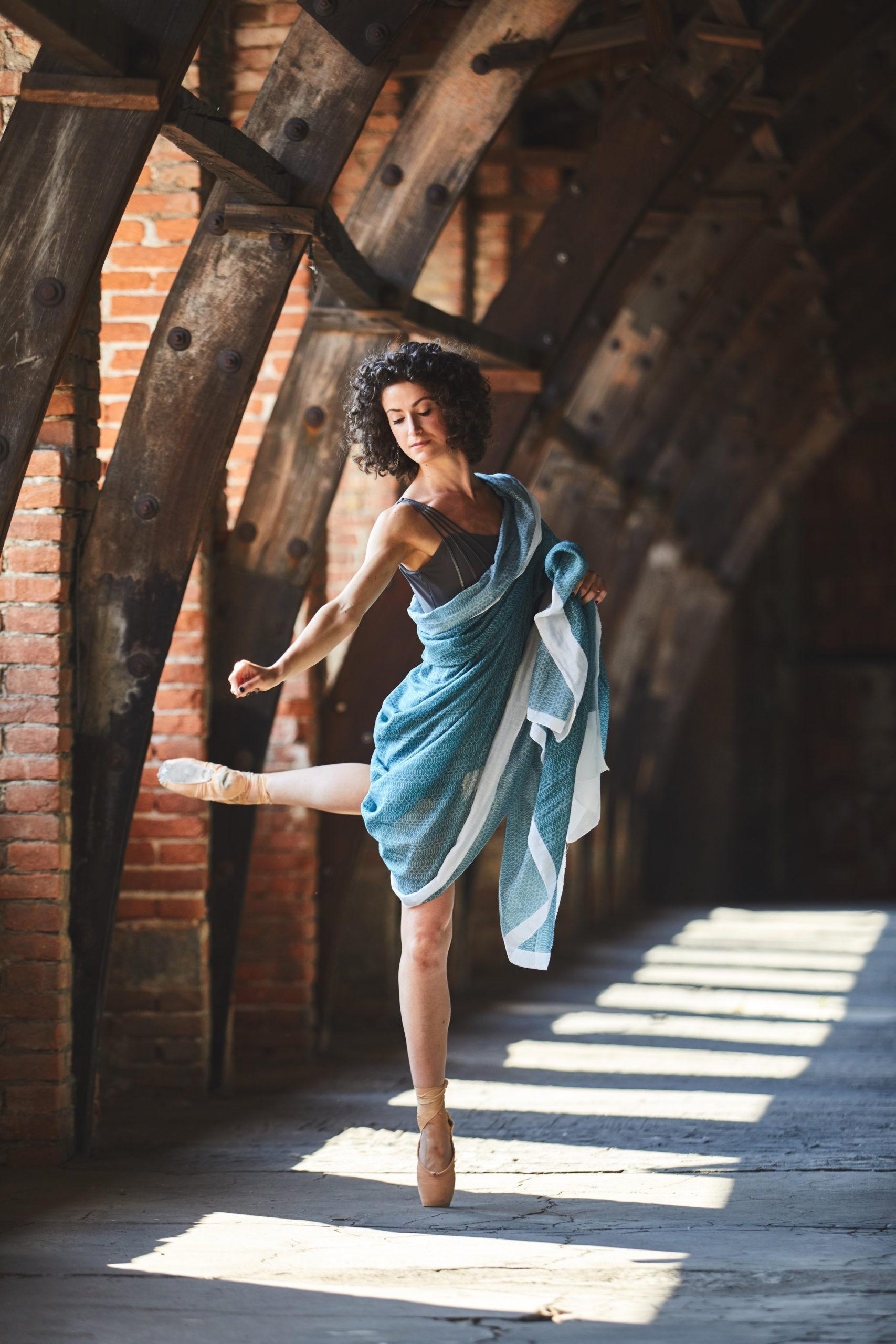 Fotografo moda Biella Zin modella ritratto commerciale corporate